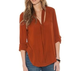 Cloth & Stone Amber Rust Neck Tie Shirt Blouse Top